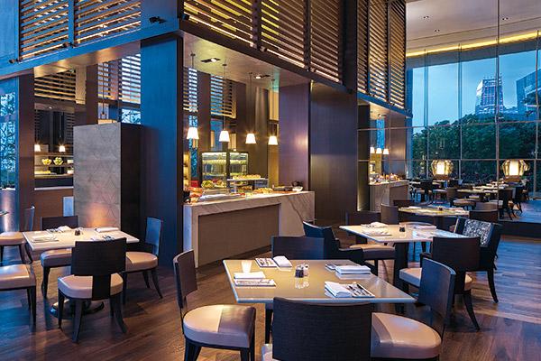 GRAND CAFÉ - Grand Hyatt Hong Kong Restaurants
